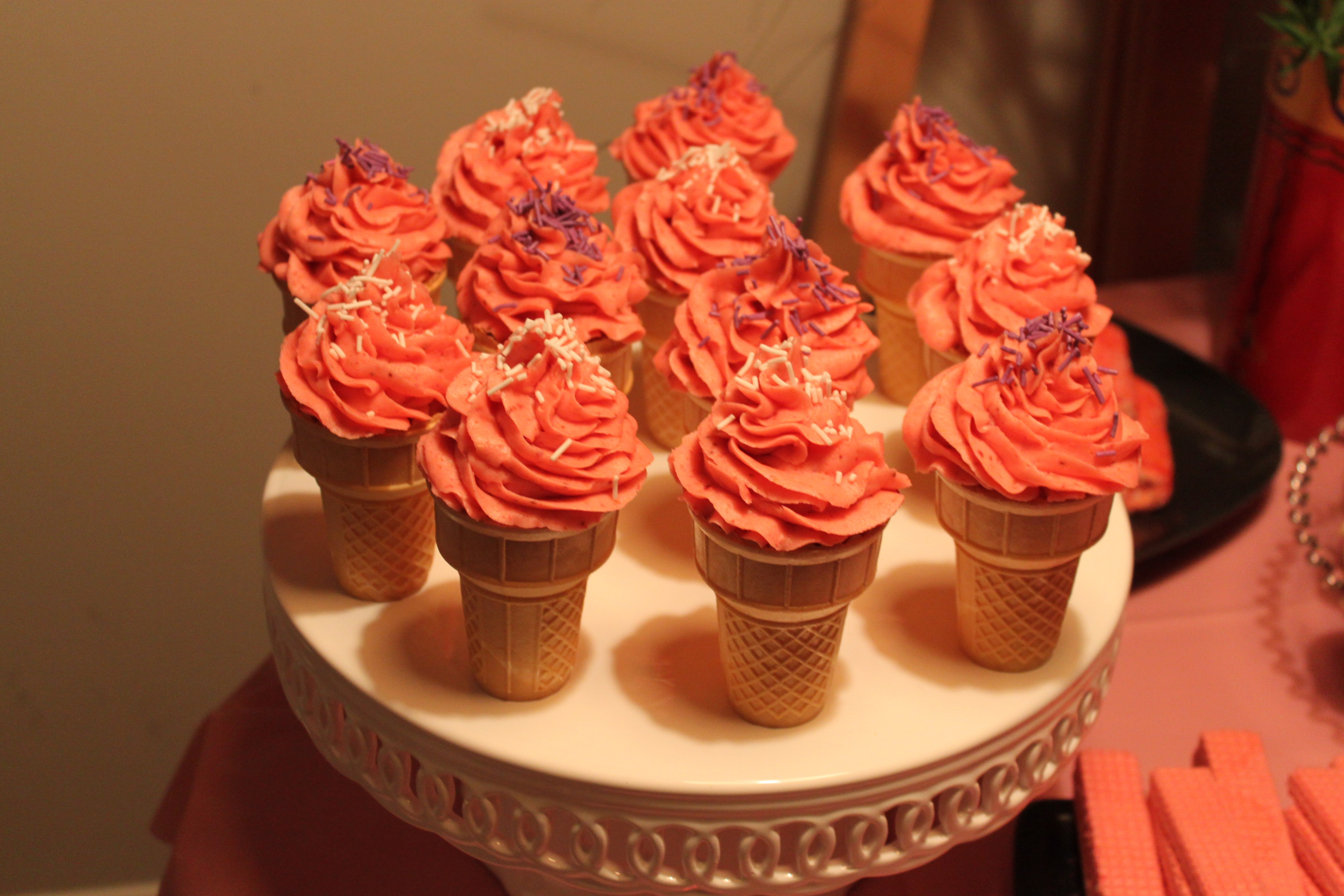 Strawberry Cone Cakes Luvcrumbs
